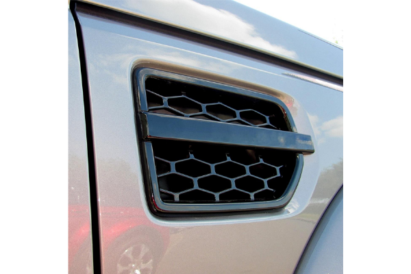 Discovery 4 Pair Of Side Vents - Gloss Black
